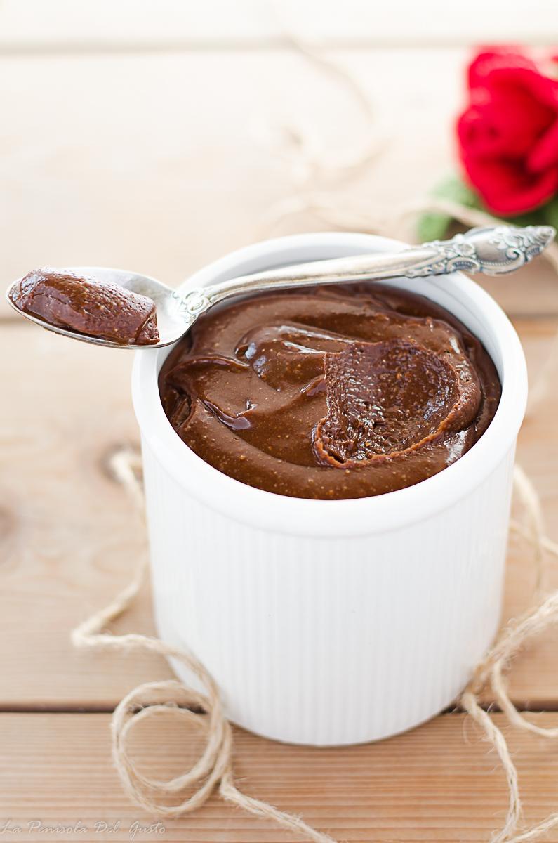 Ricetta Nutella Fatta In Casa.Nutella Fatta In Casa Crema Di Nocciole E Cioccolato Genuina E Facile