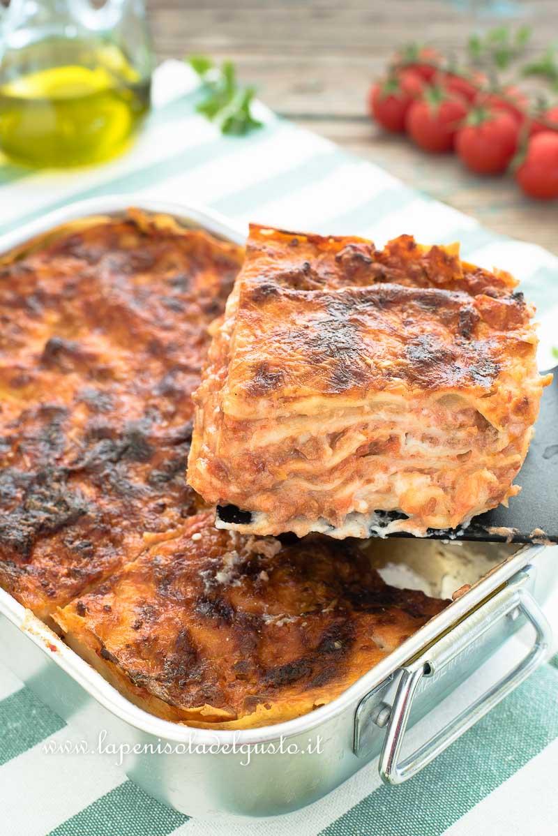 Ricetta Lasagne.Lasagne Al Ragu Ricetta Classica Al Forno Con Besciamella